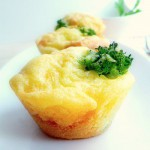 Broccoli-Cheese Muffins/ Muffini s brokolijem i sirom