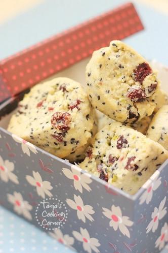 Black Sesame Cranberry & Pistachio Cookies/ Keksići s crnim susamom, pistacijama & brusnicama