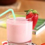 Strawberry Oatmeal Smoothie/ Smoothie s jagodama i zobenim pahuljicama