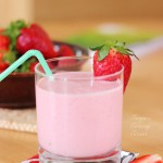 Strawberry Oatmeal Smoothie/ Smoothie s jagodama i zobenim pahuljicama